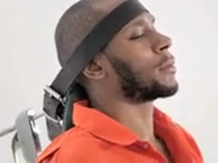 Mos Def being force-fed